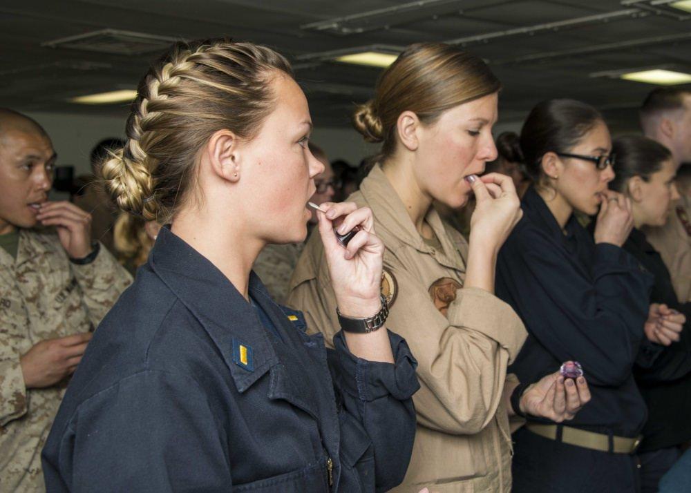 Женская армия. ( 55 фото ) GCGFp3v.jpg