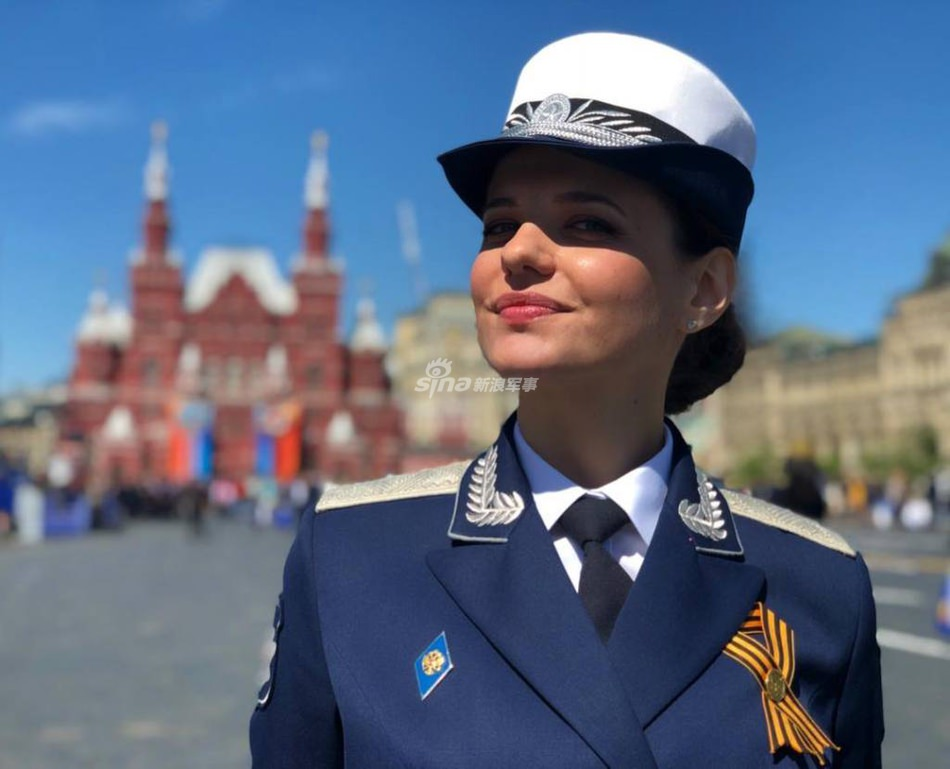 Женская армия. ( 55 фото ) JczSAN2.jpg