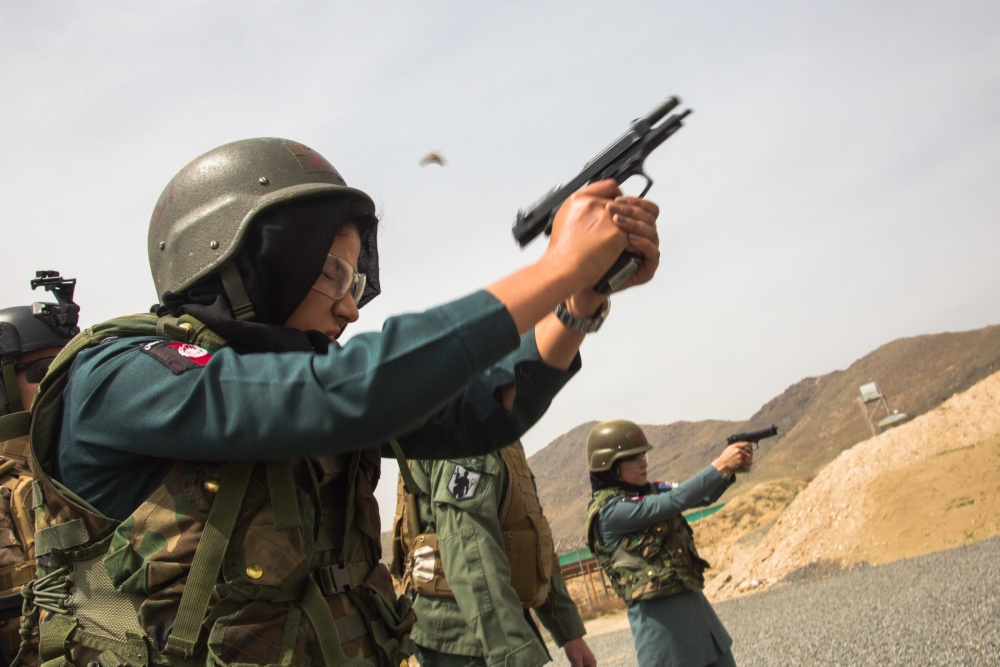 Женская армия. ( 55 фото ) K7j7vOL.jpg