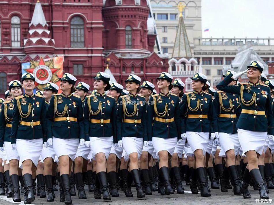 Женская армия. ( 55 фото ) s0JiPLQ.jpg