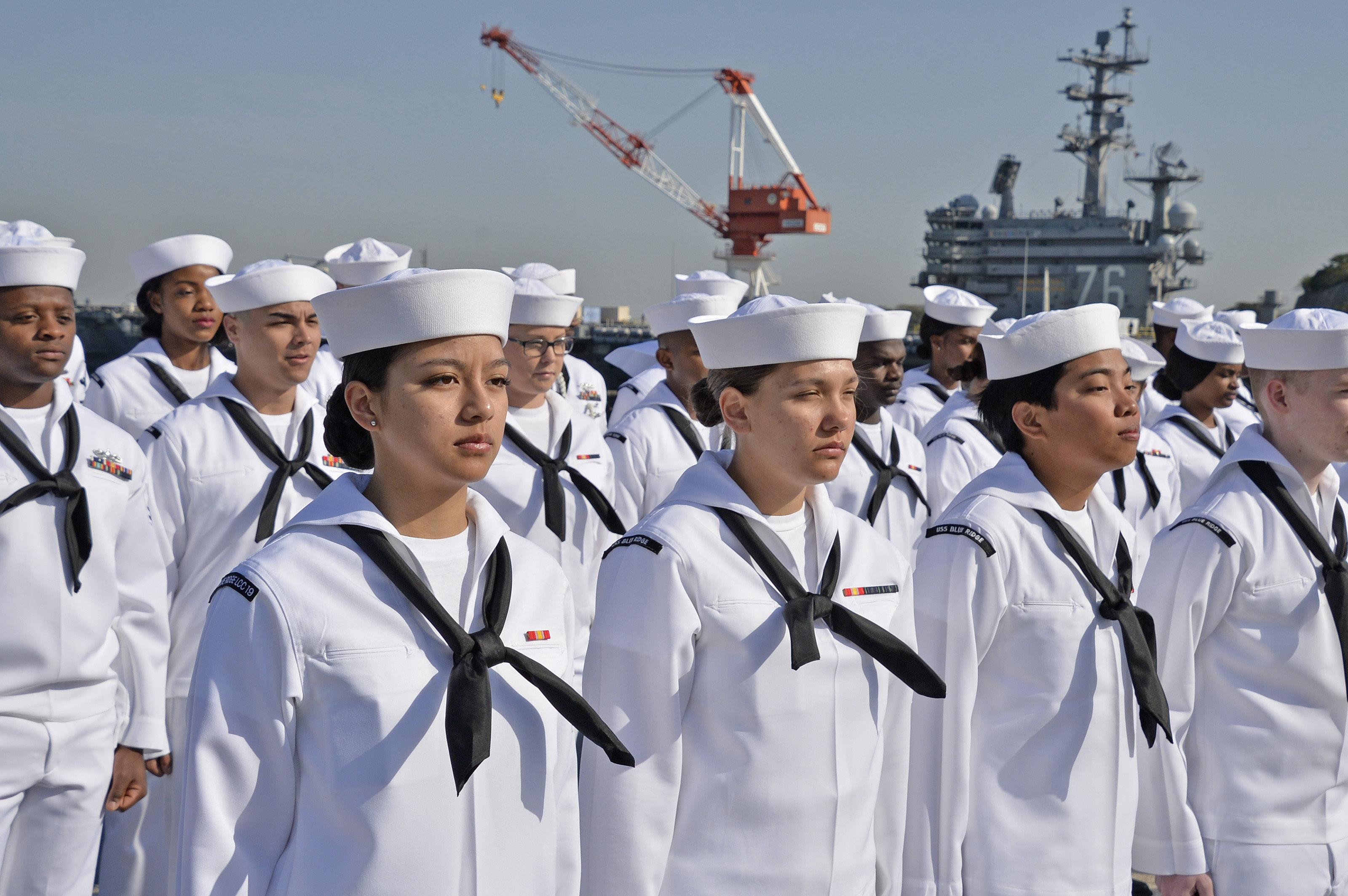 Женская армия. ( 55 фото ) Zq9LyCs.jpg