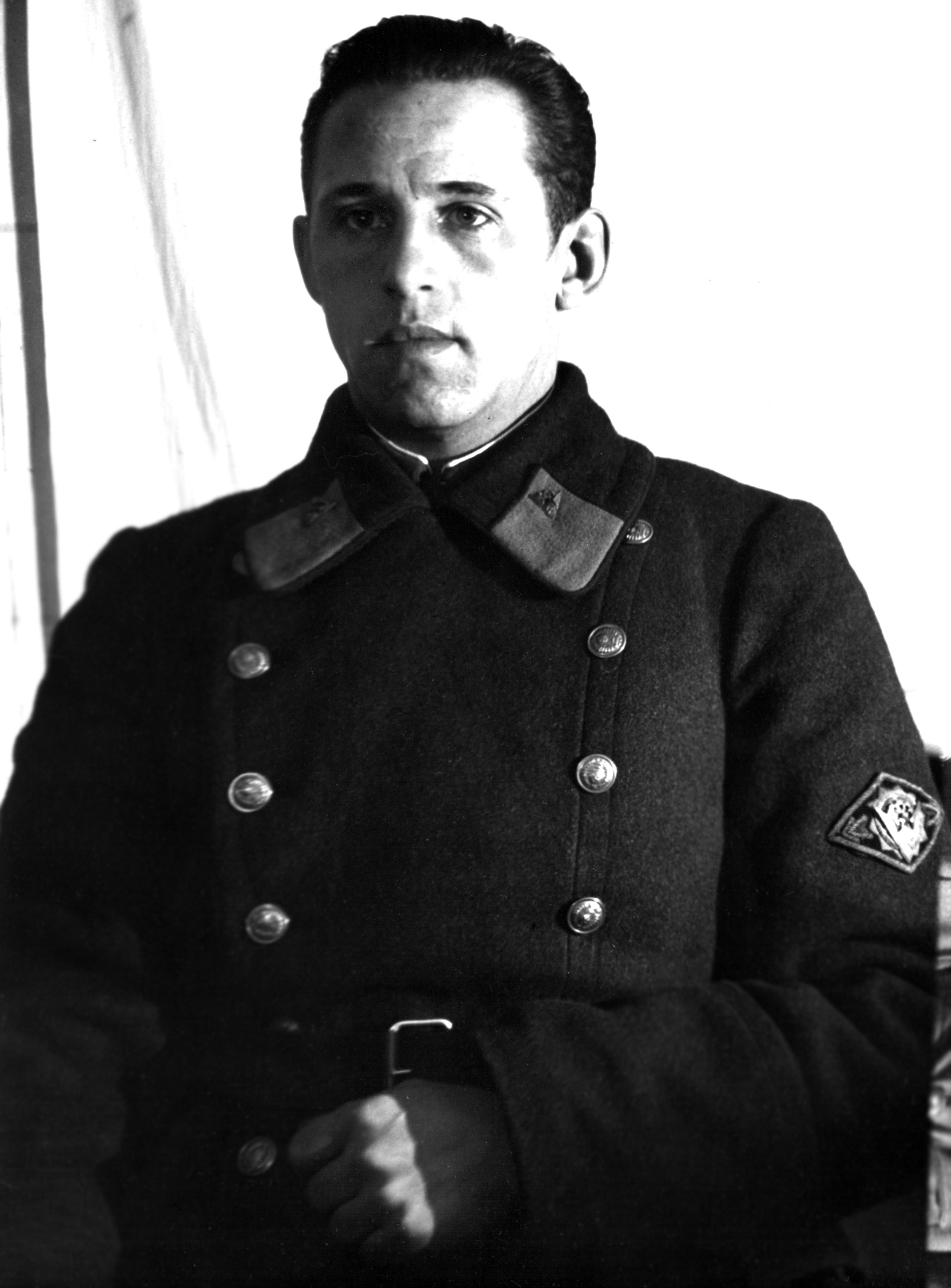 sotrudnik-orud-30e-gody.jpg