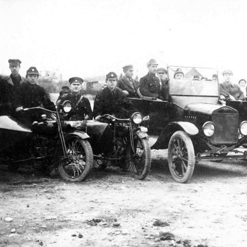 Баку_в_1920-е_годы._Бакинская_рабоче-крестьянская_милиция.jpeg