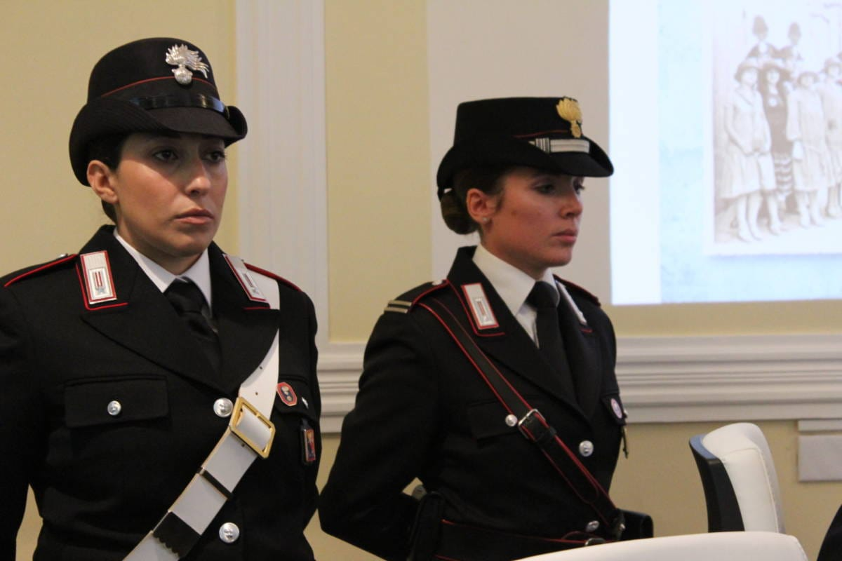 carabinieri_donna.jpg