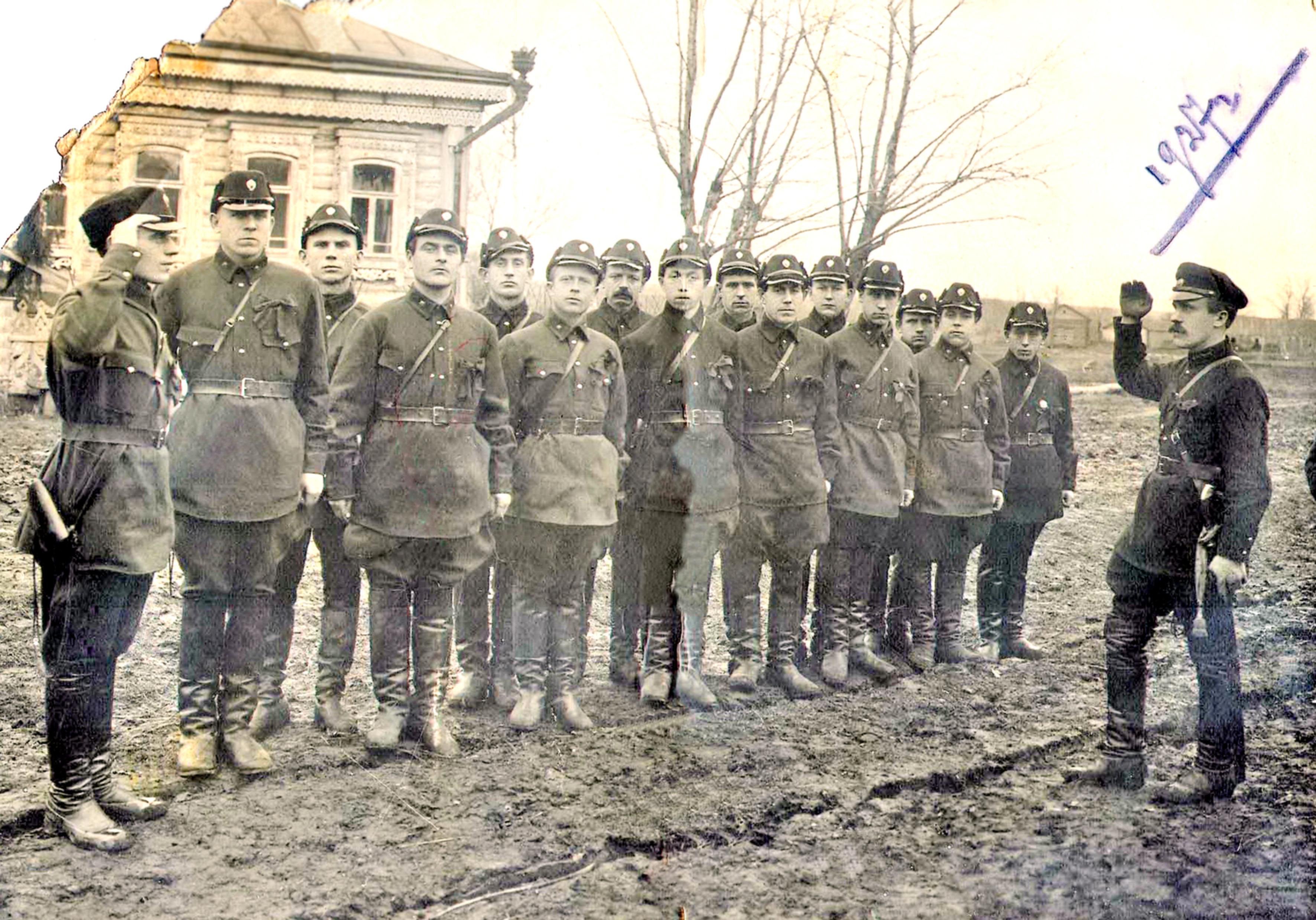 sotrudniki-rkm-poselka-serebryanye-prudy-moskovskojj-oblasti-1927-g.jpg