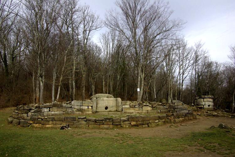 dolmen-zhane2