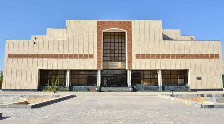 здание музея Савицкого