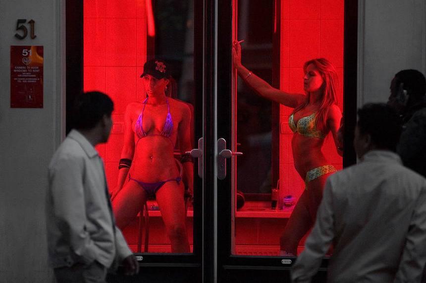 Улицы красных фонарей передача смотреть онлайн эротика 2 фотография