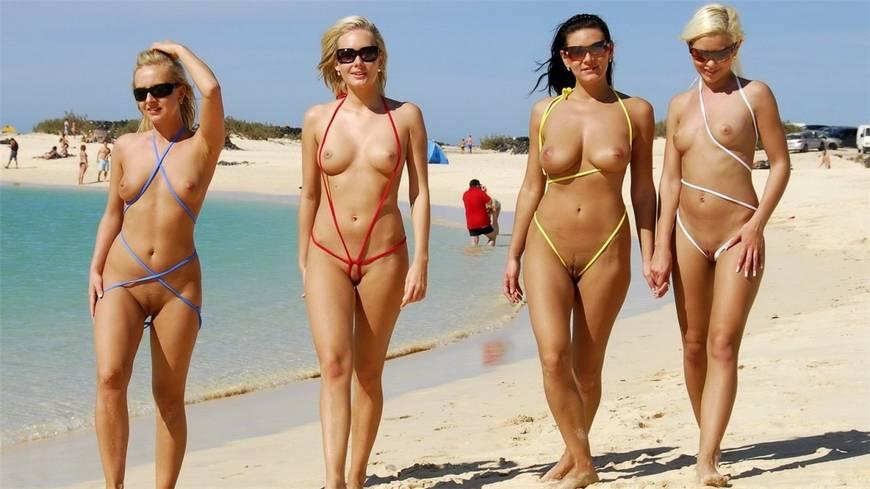 Пляж ню девушки фото