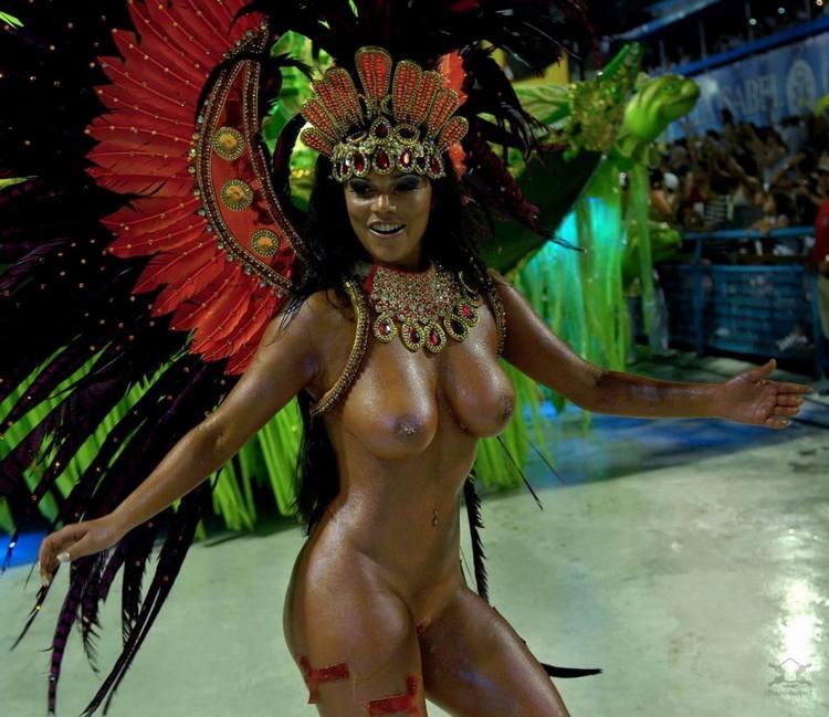 Смотреть онлайн бесплатно порно карнавал 21 фотография
