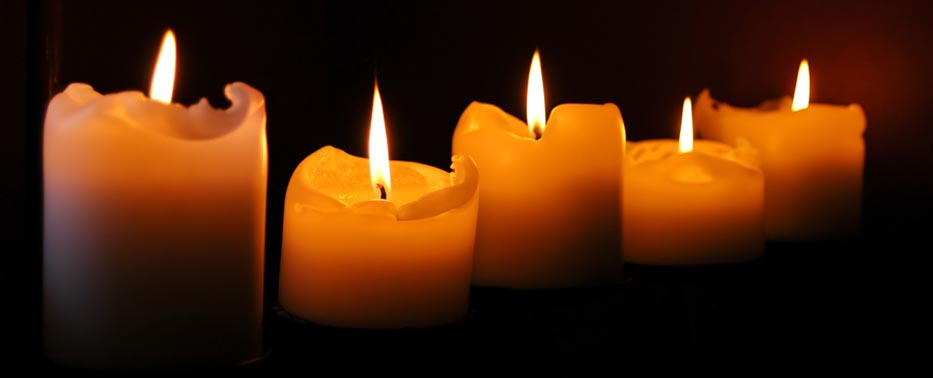 burning_candles-2931
