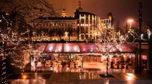 Elisabeth-Square-Budapest-at-Christmas