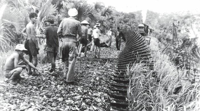 Вьетнамская  диверсия на железной дороге