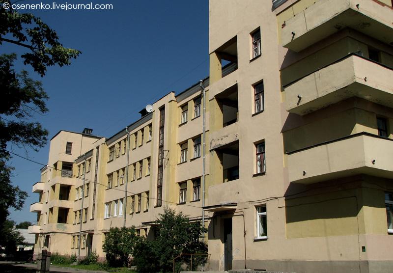 Дом коммунального типа в Витебске по ул. Новый Быт.  Фото 2009 г.
