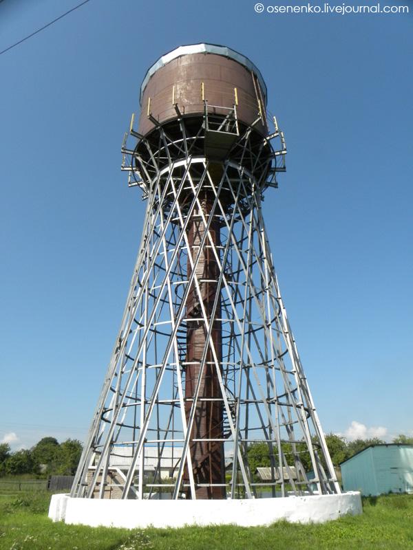 Водонапорная Шуховская башня в Коханово.  Фото 2011 г.