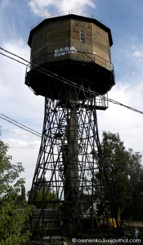 Башня Шухова в Борисове. Общий вид.  Фото 2011 г.