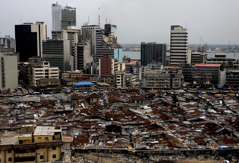 А это город Лагос в Нигерии. Цивильно.
