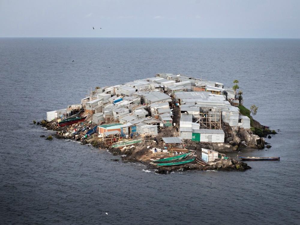 Остров Мигинго, население 131, всего лишь 0,0008 кв.