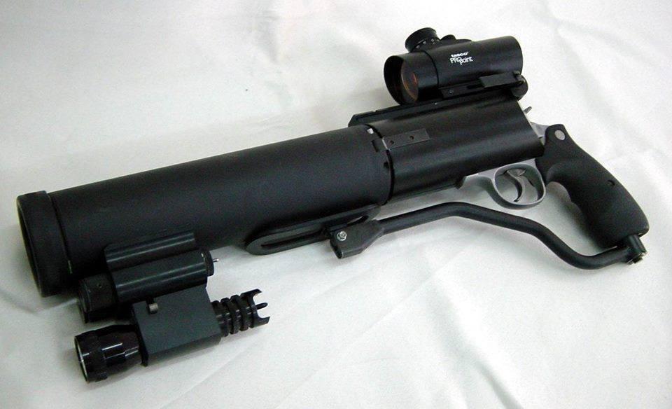 И ведь можно сделать револьвер бесшумный.