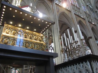 Кельнский собор. Ковчег с мощами трех волхвов