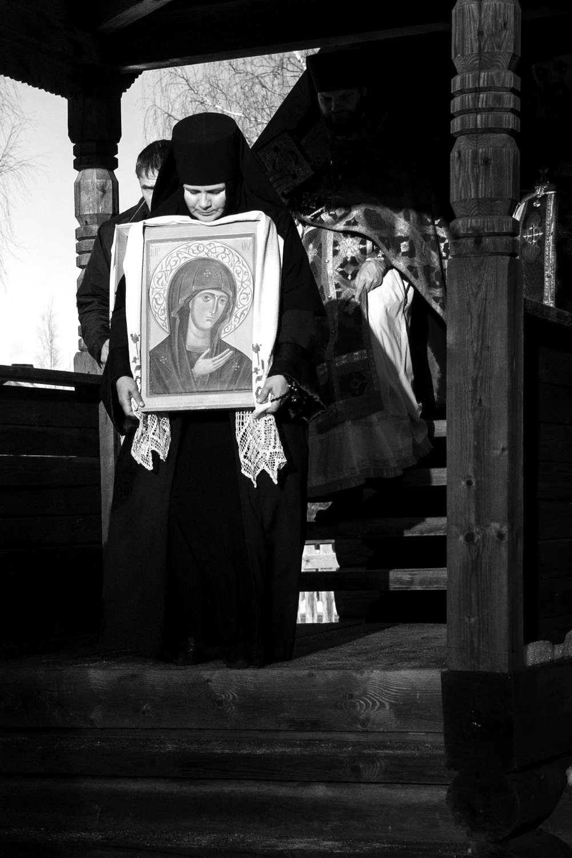 Матушка Евфросиния с чтимой иконой