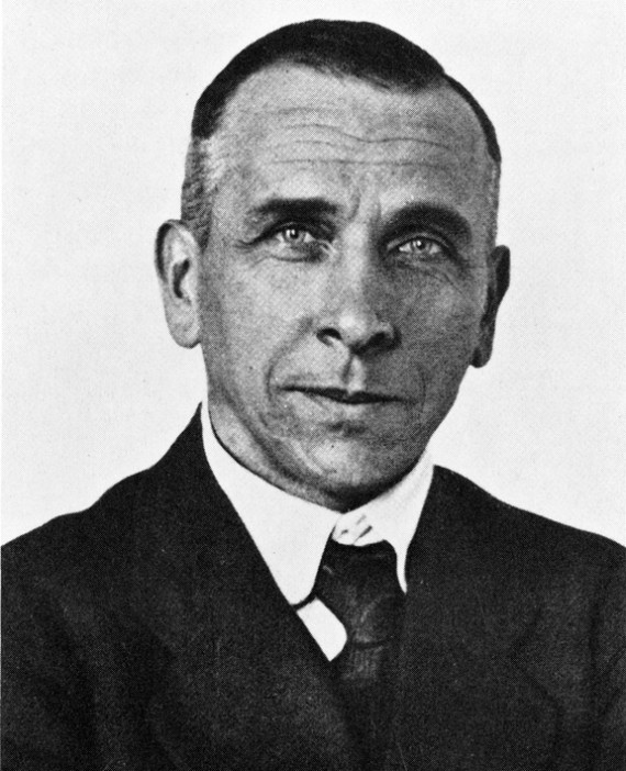 Alfred_Wegener_ca.1924-30-570x702