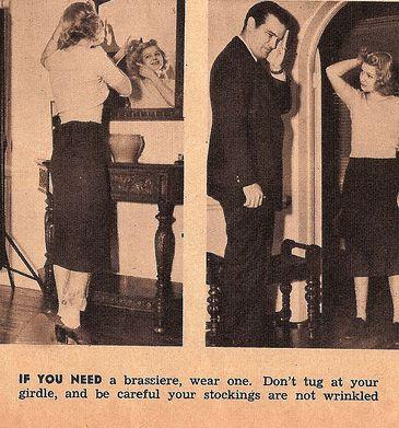 Женщина в лифчике и поясе ретро фото 618-673