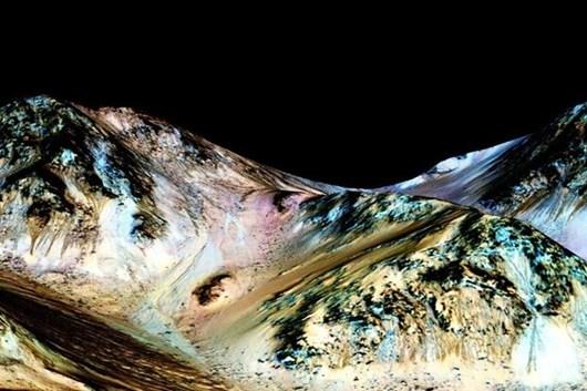 Nasa_descubre_agua_liquida_en_Marte