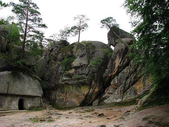 скалы-довбуша-01