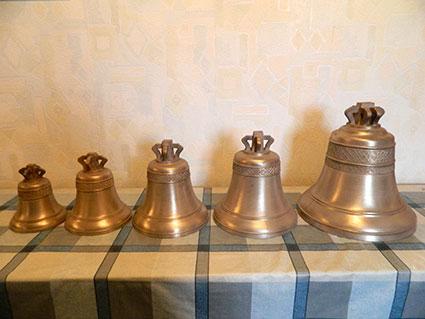 Приобретенные для Храма колокола