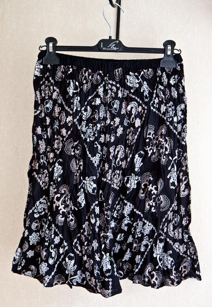 №33 Черная юбка с рисунком-1
