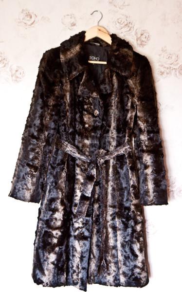 Зимнее черное пальто-1