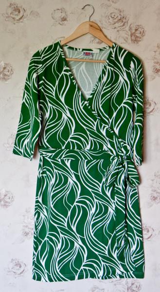 №18 Зеленое платье-1