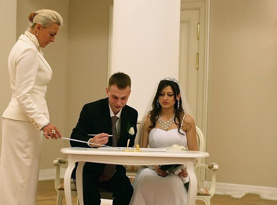 Невеста подвешенная за сиси фото 24-202