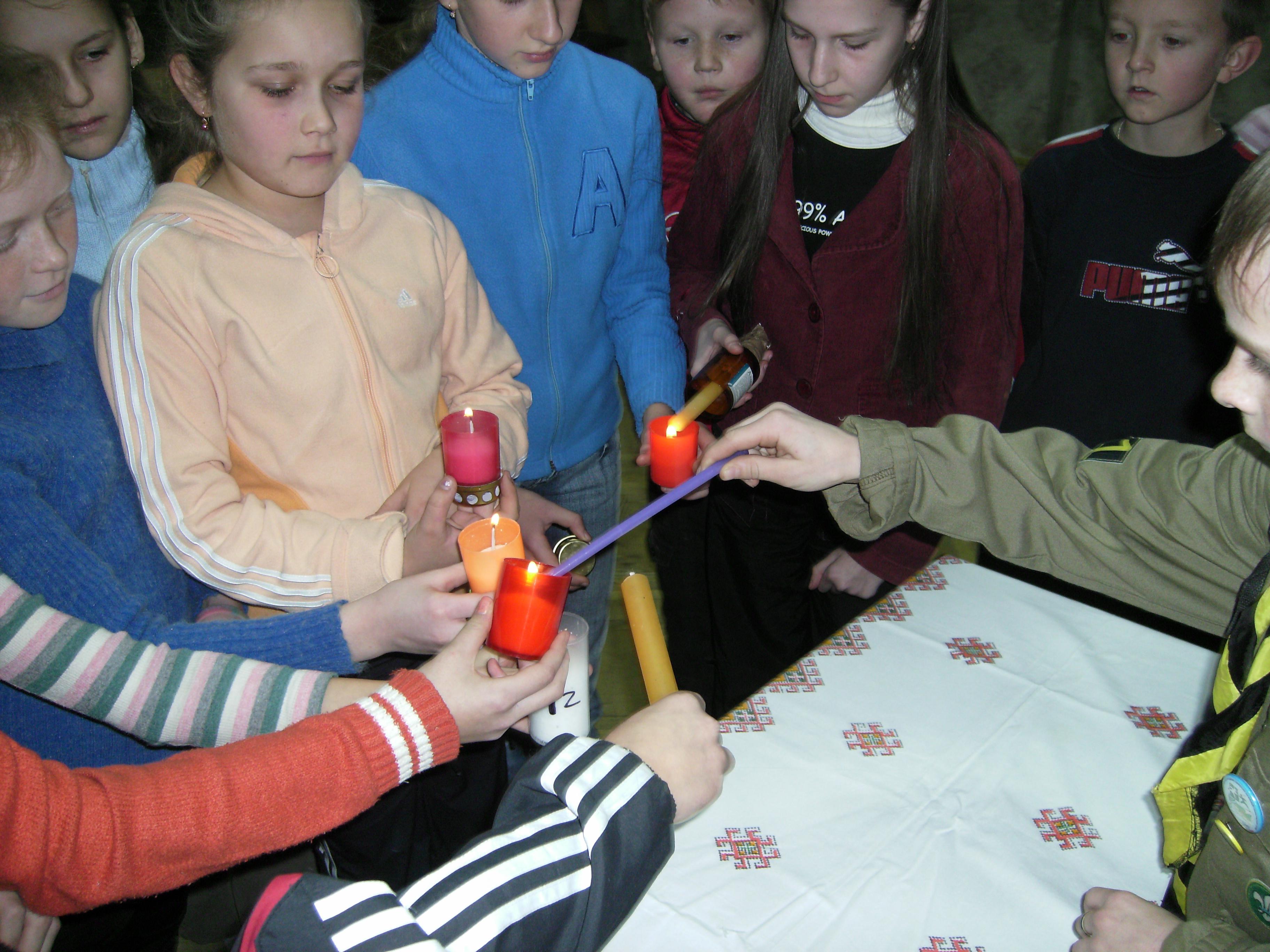 Вифлеємське Світло Миру 2008. 99 школа