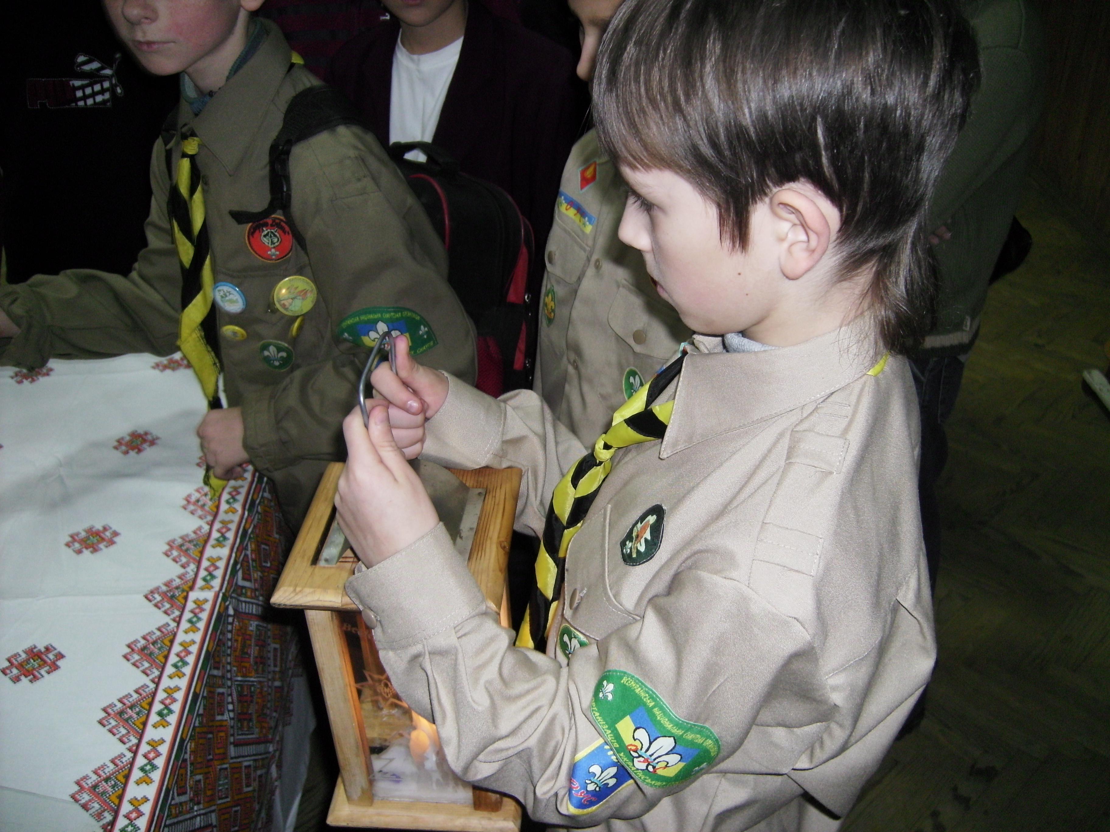 Вифлеємське Світло Миру 2008. 99 школа-2