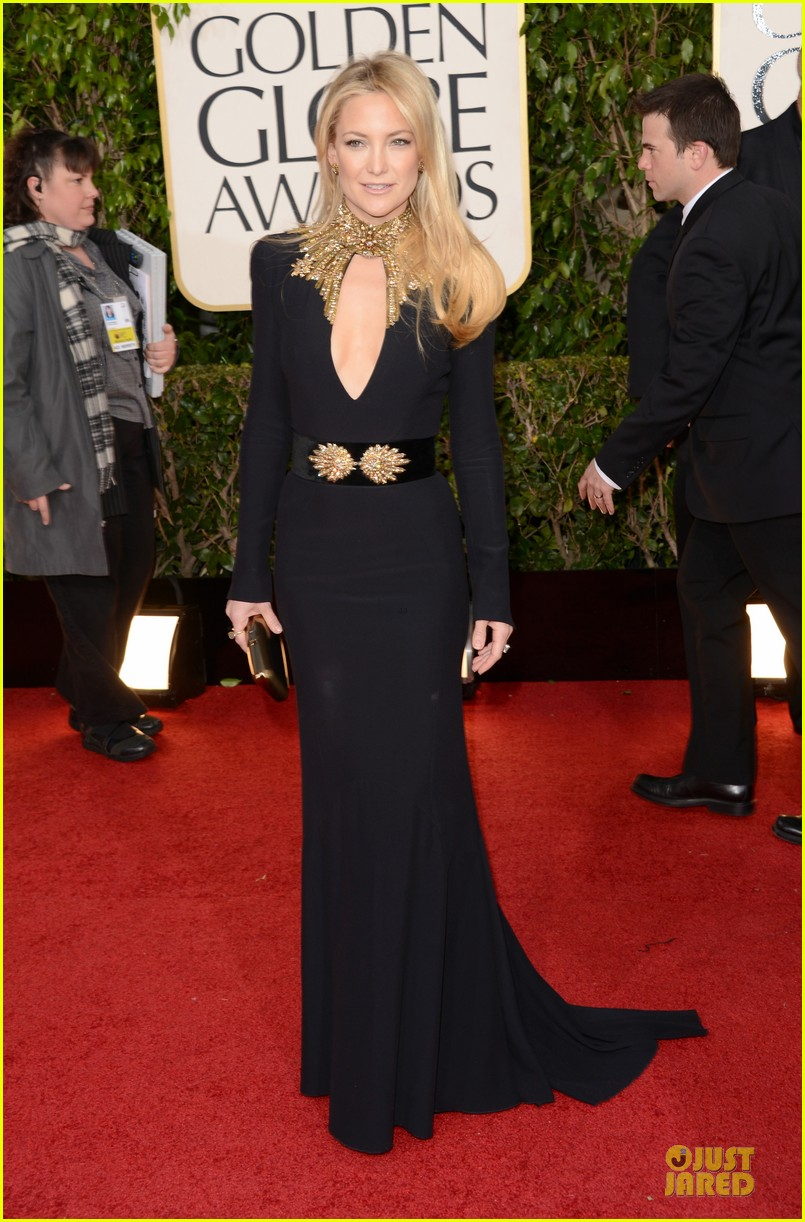 kate-hudson-golden-globes-2013-red-carpet-01