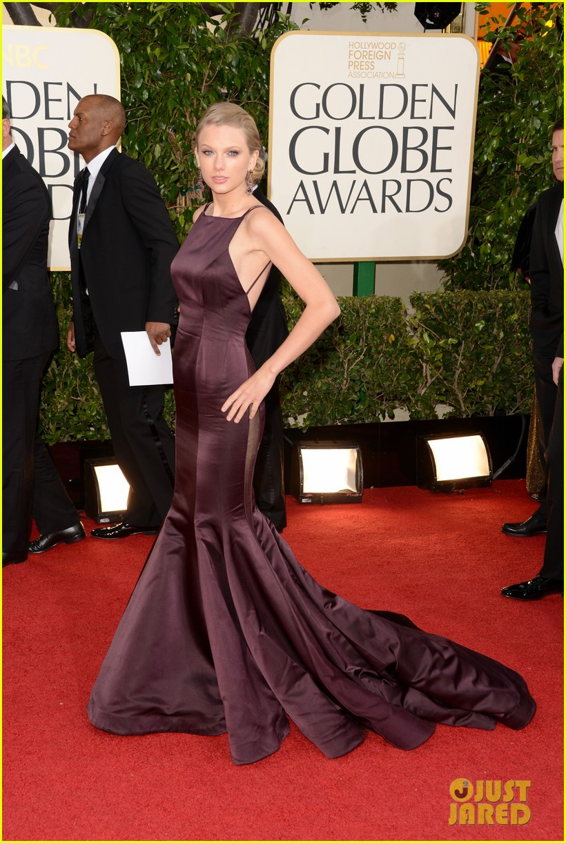 taylor-swift-golden-globes-2013-red-carpet-02