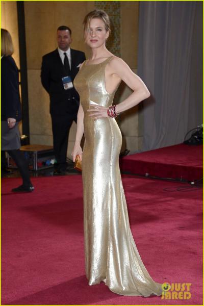 renee-zellweger-queen-latifah-oscars-2013-red-carpet-01