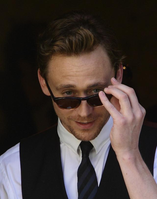 tom_glasses