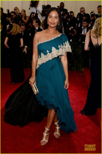 joy-bryant-shoulder-at-met-ball-2014-05