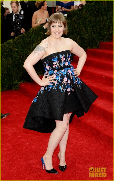 lena-dunham-chooses-strapless-dress-for-met-ball-2014-03