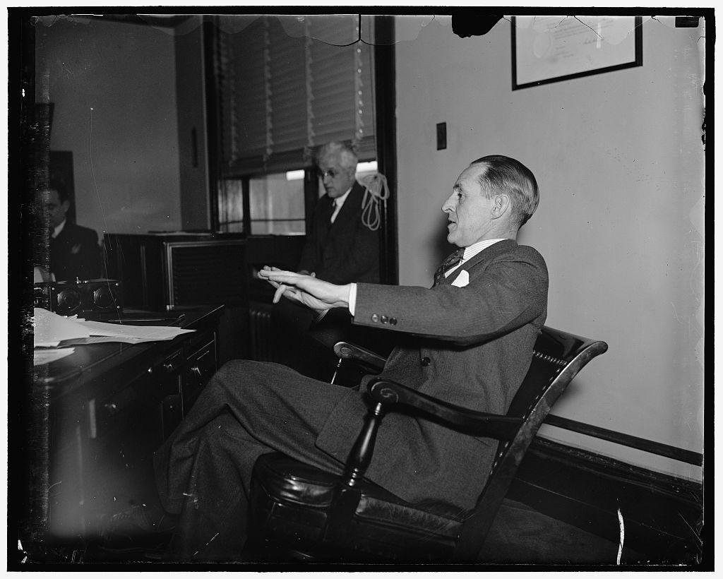 Марринер Стоддард Экклз (англ. Marriner Stoddard Eccles — американский бизнесмен и банкир, глава Федеральной резервной системы США в 1934—1948. Советник президента США Франклина Рузвельта по экономическим вопросам.