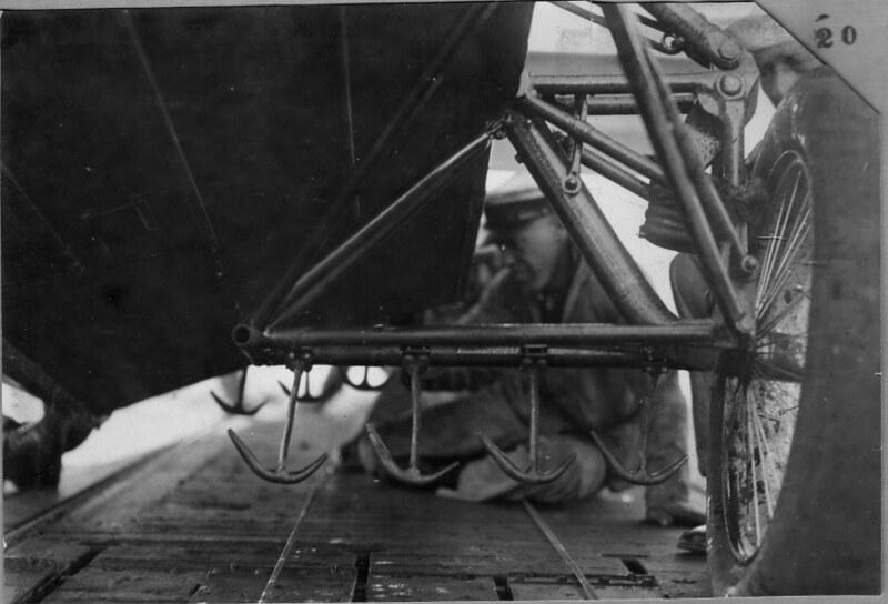 1926 axle arrest hooks 01