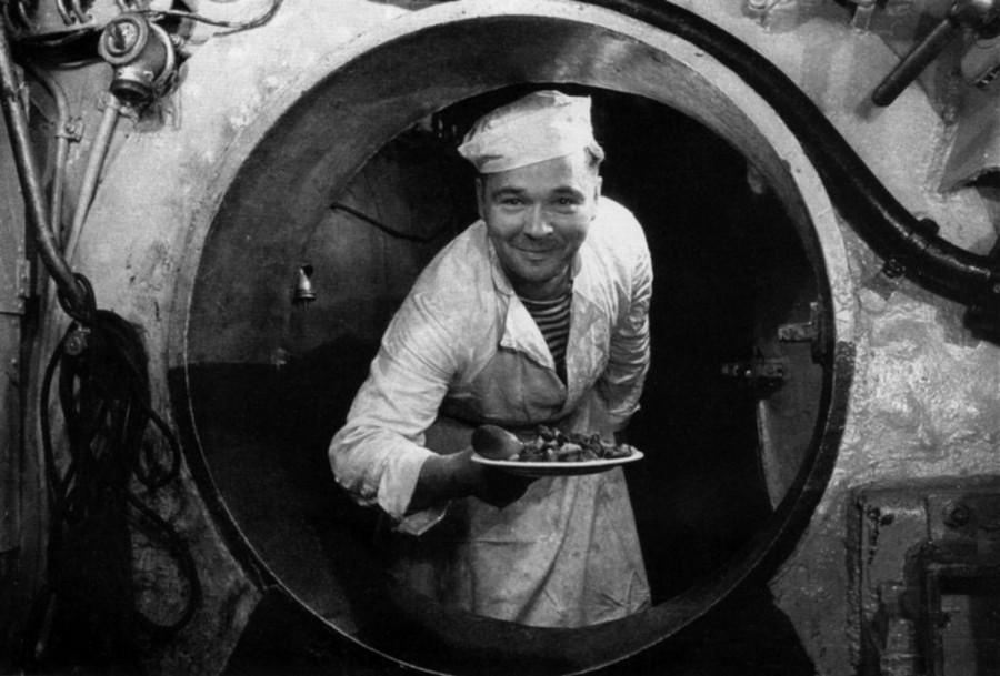Кок на подводной лодке-