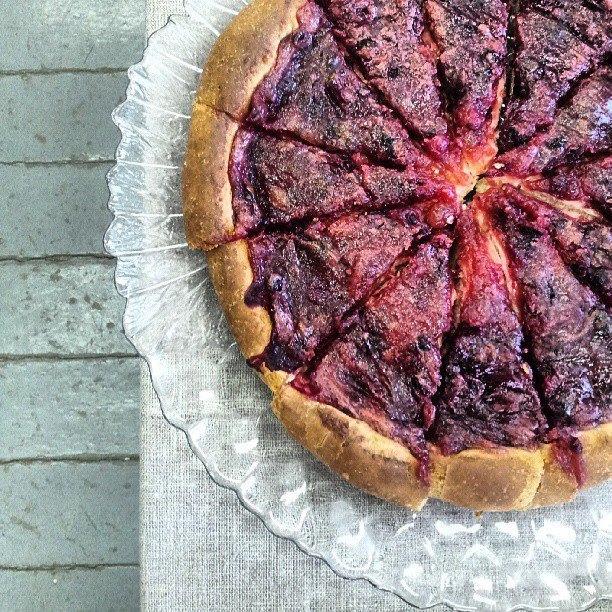 Каргопольский пирог с ягодами