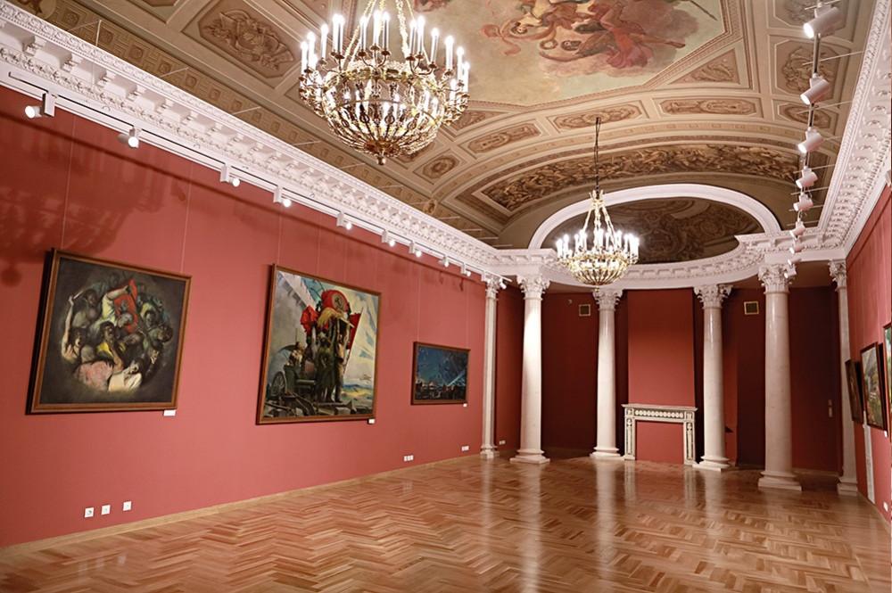 Воссозданные интерьеры бывшего Английского клуба. Фото: Музей современной истории России