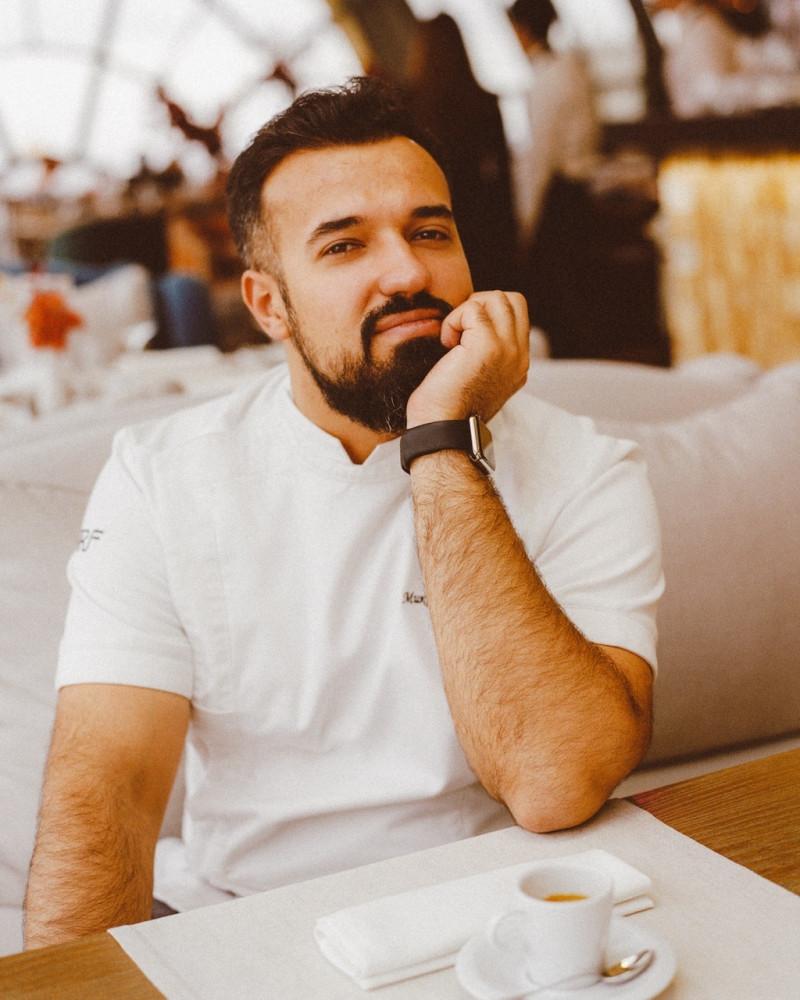 Шеф-повар «Белого Кролика» Владимир Мухин