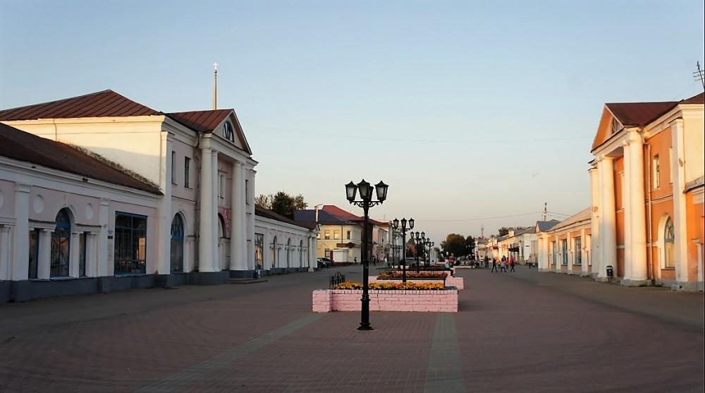 Главная улица Шуи - Малахия Белова, фактически местный Арбат. Купеческие традиции до сих пор чувствуются