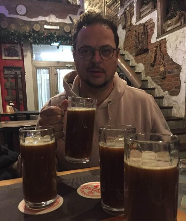 """Пермский ресторатор Борис Кулински просто в восторге от сура в кафе """"Телега"""" (г.Кудымкар)"""